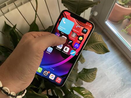 Como tener en la pantalla de un iPhone un widget los contactos favoritos con iOS 14 para llamar en sólo dos clicks