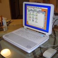 Apple II convertido en portátil por Ben Heck