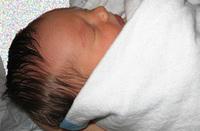Retiran la custodia de un recién nacido a sus padres discapacitados psíquicos