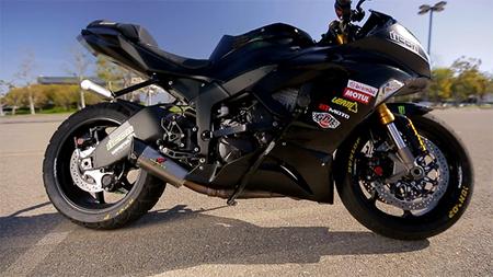 Perfil Kawasaki stunt riding