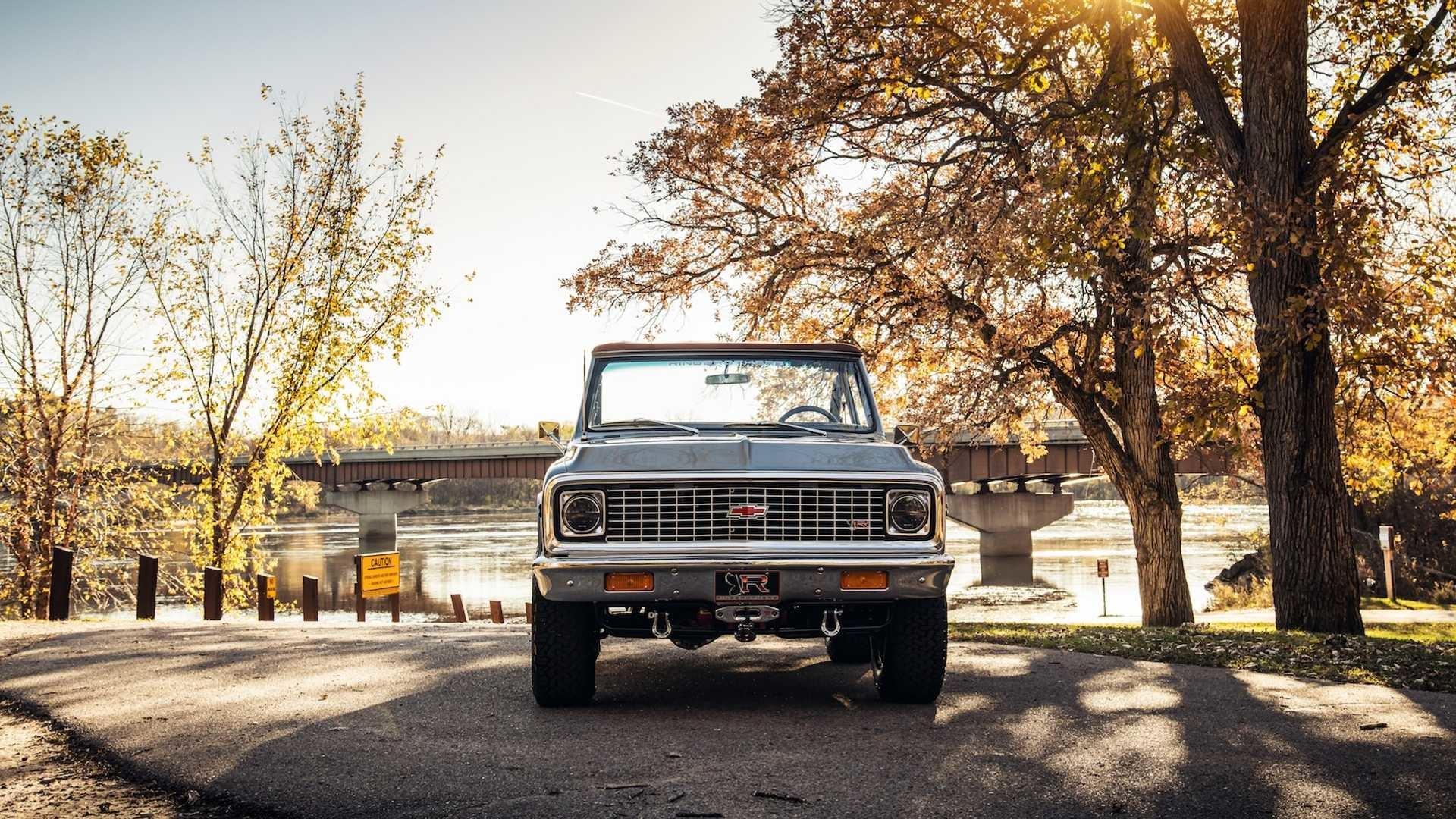 Foto de Ringbrothers Chevrolet K-5 Blazer 1971 (55/73)