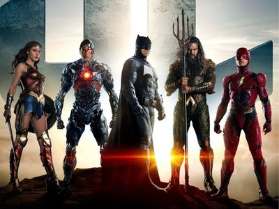 Zack Snyder aclara detalles de los superhéroes de la Liga de la Justicia y la ausencia de Superman