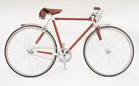 La bicicleta Brogue en cuero y diamantes brown de Nick Ficht y Harcourt Design