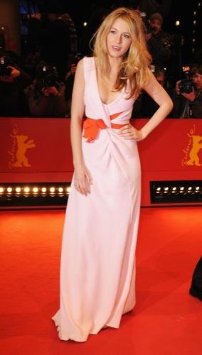 Blake Lively y Leighton Meester, estilo Gossip Girl: sus mejores looks de 2009. Oscar de la renta