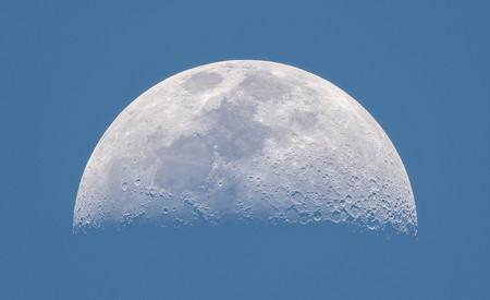 La belleza de la luna, recuperando la memoria historica, fuego y hielo y más: Galaxia Xataka Foto