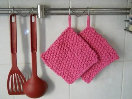 Recicladecoración: accesorios textiles de cocina hechos con viejas camisetas