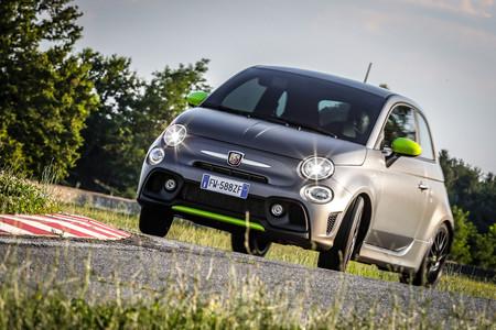 El Abarth 595 Pista se renueva: escape Record Monza, suspensión trasera Koni y ahora 165 CV de potencia