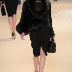 Foto 1 de 32 de la galería elie-saab-otono-invierno-20112012-en-la-semana-de-la-moda-de-paris-la-alfombra-roja-espera en Trendencias