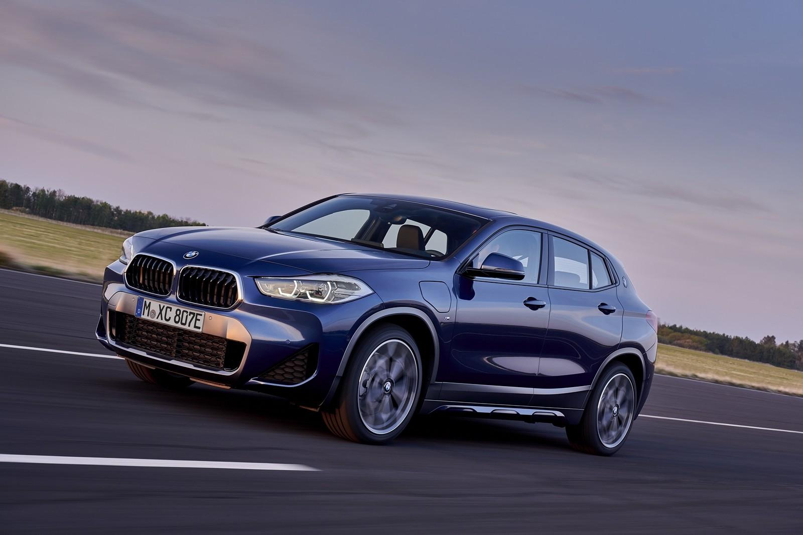 Foto de BMW X2 xDrive25e 2021 (23/53)