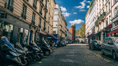 París motos pagarán por aparcar