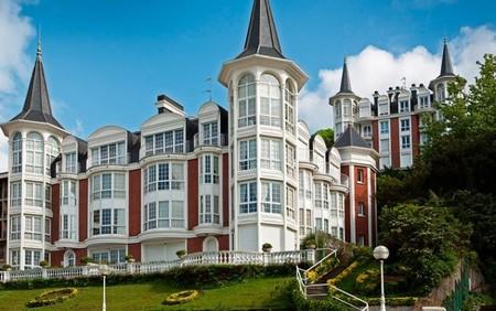 El lujo de vivir en Maskor Gain, sobre la Playa de la Concha de San Sebastián
