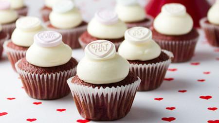 Tipos de coberturas para tus cupcakes: todo lo que debes saber