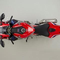 Foto 14 de 51 de la galería honda-cbr1000rr-fireblade-sp-y-sp2-2017 en Motorpasion Moto