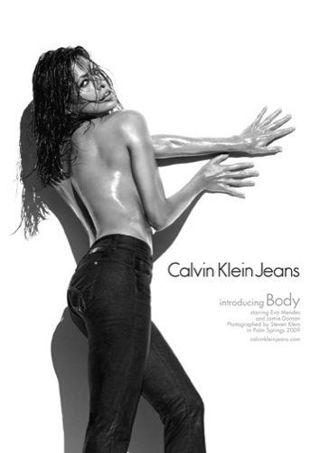 Eva Mendes de nuevo explosiva para Calvin Klein II