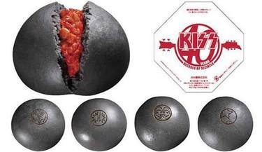 Pan al vapor creado en honor de la banda de rock Kiss