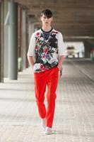 Los pantalones rojos que hablarán por ti