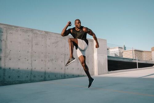 15 ejercicios de CrossFit para los que no necesitas ningún material