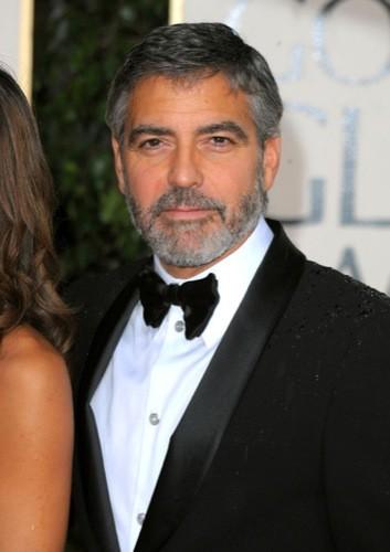 Los famosos mejor vestidos en los Globos de Oro: George Clooney, Chace Crawford, Tom Ford...