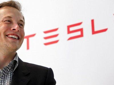 Así es como Elon Musk planea revolucionar el mundo (otra vez) con Tesla y la energía solar