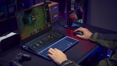ROG Zephyrus Duo 15: la nueva locura de ASUS viene con dos pantallas 4K y la GPU más potente de Nvidia jamás creada