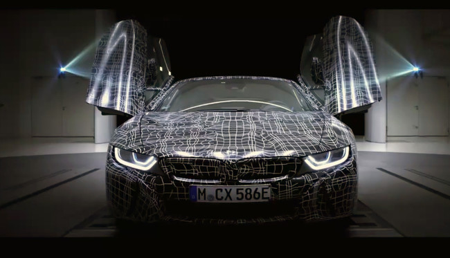El BMW i8 Roadster ya se insinúa en vídeo