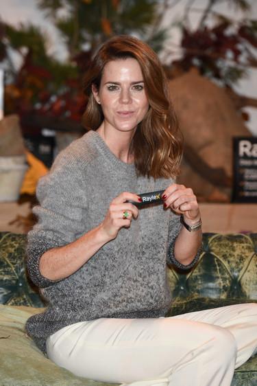 El estilo casual de Amelia Bono nos proporciona la solución para dejar de mordernos las uñas