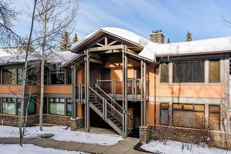 Destinos En Airbnb Para Los Grandes Amantes De Los Deportes De Invierno Cabin Winter Sports Airbnb Places