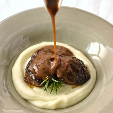 Carrilleras de cerdo al vino tinto, una receta para impresionar (e impresionarte)