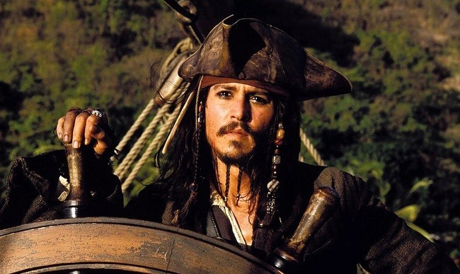 Johnny Depp como Jack Sparrow