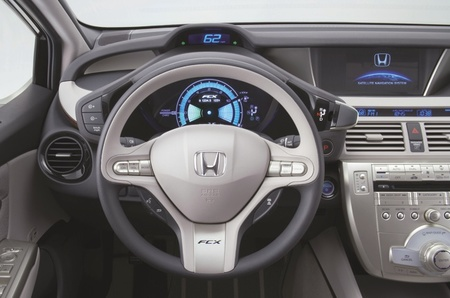 Honda FCX Clarity 085