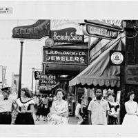 """""""Robert Frank en América"""", un libro con fotos inéditas del fotógrafo en sus viajes por Estados Unidos"""