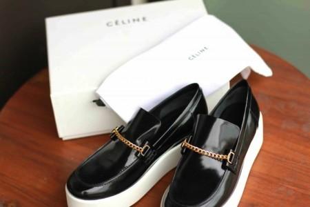 Clonados y pillados: ¿quién quiere una versión económica de los zapatos Céline?