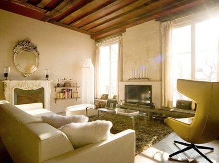 Puertas abiertas: un apartamento pequeño en París