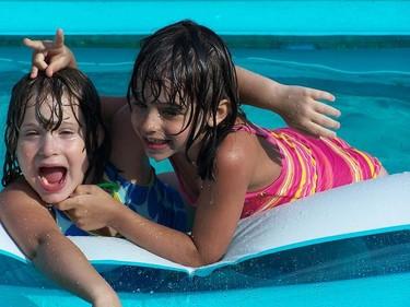 Niños y medios acuáticos: recomendaciones para el verano 2013