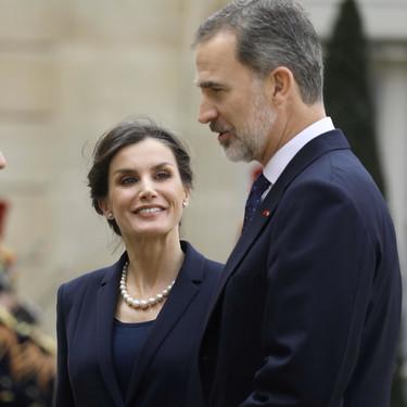 Doña Letizia estrena un traje clásico, el perfecto dos piezas de fondo de armario
