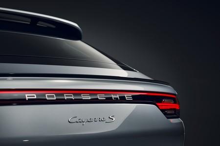 Porsche Cayenne Coupe S 2019 006