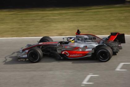Primeras impresiones sobre el McLaren MP4-23