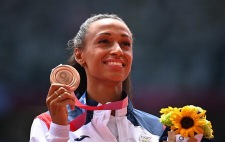 Ana Peleteiro nos conquista (también) con la manicura con la que se ha alzado con la medalla de bronce en los Juegos Olímpicos de Tokio