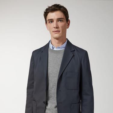 ARKET nos ofrece una visión moderna del tailoring de primavera con 180 años de tradición en lana