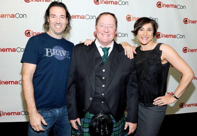 Mark Andrews, John Lasseter y Brenda Chapman
