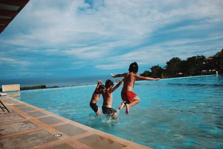 Clorador salino para piscinas ¿cuál es mejor comprar? Consejos y recomendaciones