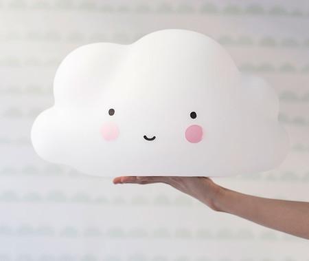 Nube Blanca Ninos