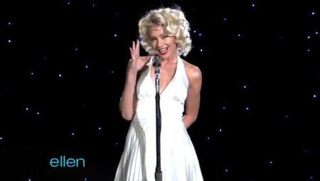 Portia de Rossi felicita a Ellen al estilo Marilyn Monroe, la imagen de la semana