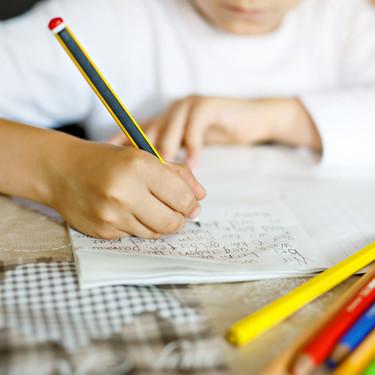 27 dictados cortos para que los niños practiquen y mejoren la ortografía