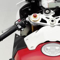 Foto 27 de 145 de la galería bmw-s1000rr-version-2012-siguendo-la-linea-marcada en Motorpasion Moto