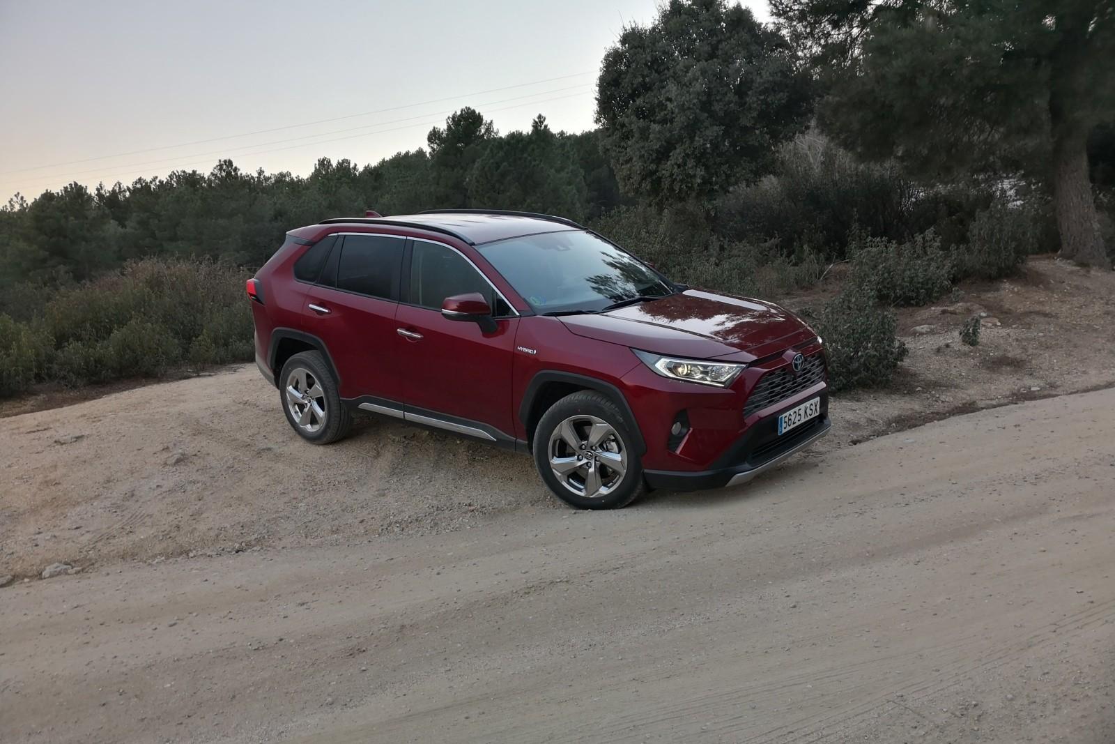 Foto de Nuevo Toyota RAV4 - Fotos exteriores (1/32)
