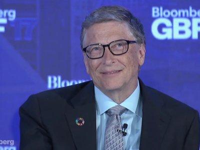 Bill Gates querría volver al pasado y convertir el atajo Ctrl-Alt-Del en una tecla única
