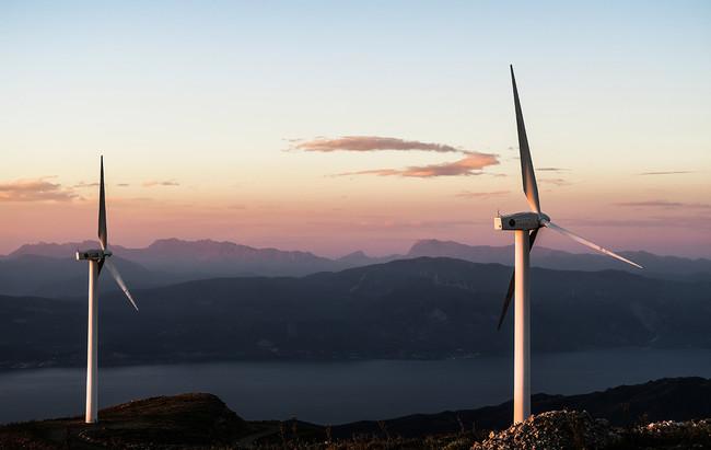 Estamos consumiendo más energía verde que nunca. Y aún así las emisiones siguen subiendo