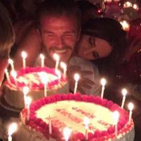 David Beckham rodeado de Spice Girls en su fiesta de cumpleaños
