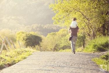La foto de tu bebé: un apacible paseo primaveral